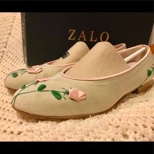 Zalo Suede Mint Green & Pink Rose Bud Flats SZ 9.5
